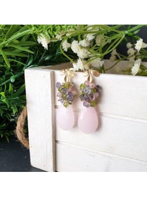 Pendiente de racimo con jade rosa claro, iolita, cuarzo rosa y peridoto.