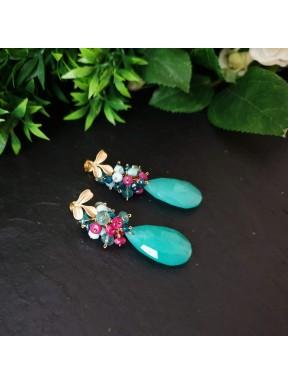 Pendiente de racimo con jade verde azulado, topacio london blue, jade fucsia, apatito y larimar