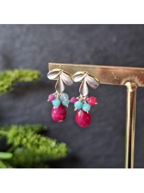 Pendiente mini racimo rubí, apatito sky blue, amazonita y rubí.
