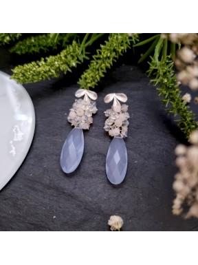 Pendientes de racimo con calcedonia azul y jade